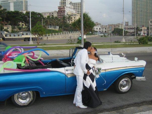 boda en la habana rene y estrella villatoro cuarentaytantoslooks.com