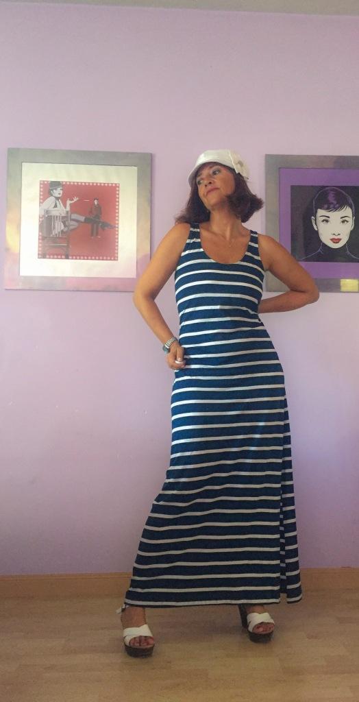 look vestido rayas marineras cuarenta y tantos looks por estrella villatoro moda para mas de 40 años06