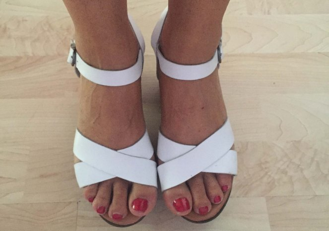 sandalias valerias en cuarentaytantoslooks por estrella villatoro