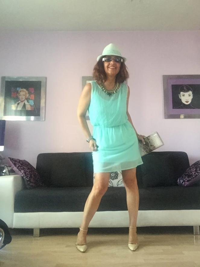 look vestido verde mint en cuarentaytantoslooks.com 02